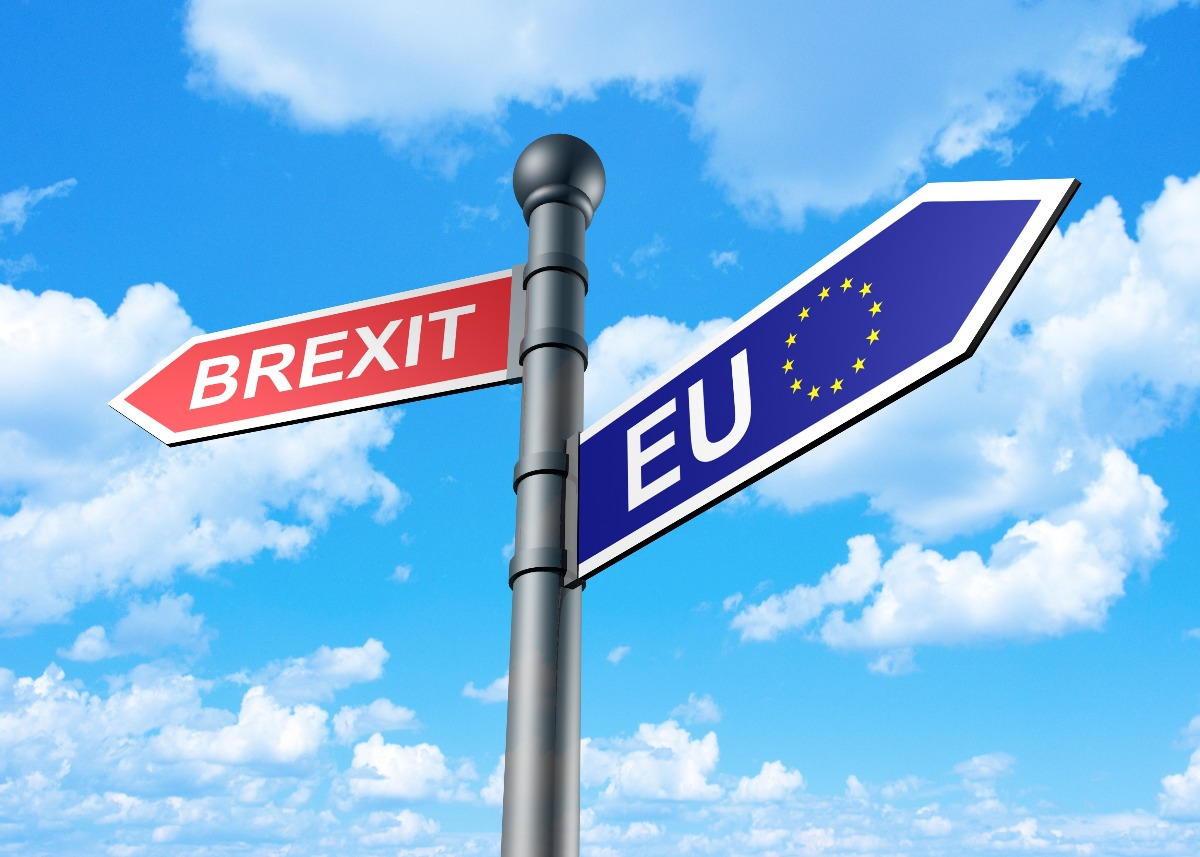 brexit european commission publishes communication  preparing   uks withdrawal